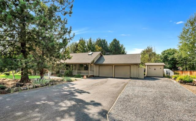 61267 Mount Vista Drive, Bend, OR 97702 (MLS #201808297) :: The Ladd Group