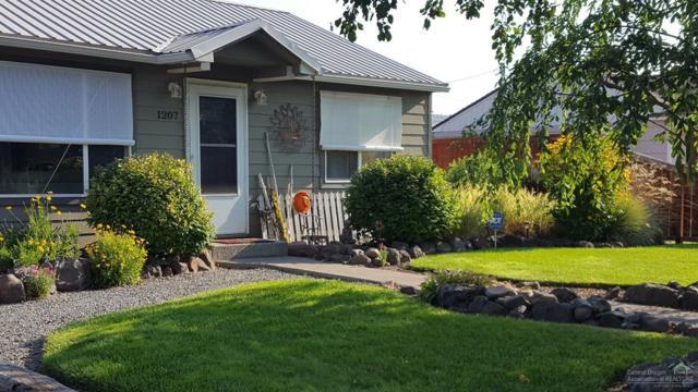 1207 NE Ochoco Avenue, Prineville, OR 97754 (MLS #201808352) :: Pam Mayo-Phillips & Brook Havens with Cascade Sotheby's International Realty