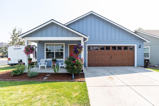 3102 SW Juniper Avenue, Redmond, OR 97756 (MLS #201808502) :: Pam Mayo-Phillips & Brook Havens with Cascade Sotheby's International Realty
