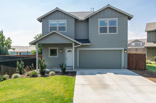2672 SW Kalama Court, Redmond, OR 97756 (MLS #201808524) :: Pam Mayo-Phillips & Brook Havens with Cascade Sotheby's International Realty