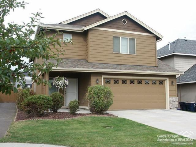 61075 Borden Drive, Bend, OR 97702 (MLS #201808762) :: The Ladd Group
