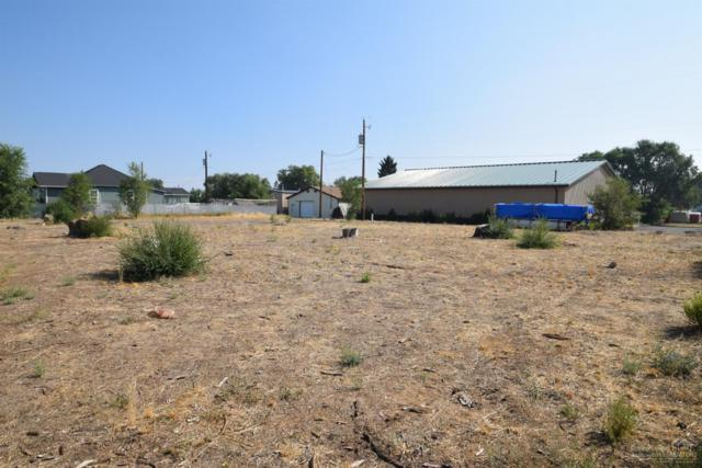 334 SE Warsaw Street, Redmond, OR 97756 (MLS #201808893) :: Team Birtola | High Desert Realty
