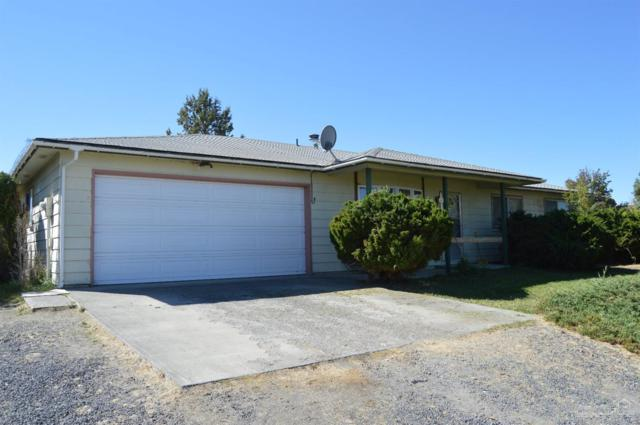 131 SW Cascade Lane, Madras, OR 97741 (MLS #201809143) :: Pam Mayo-Phillips & Brook Havens with Cascade Sotheby's International Realty