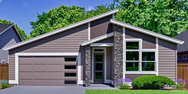 2585 NW Rippling River Court, Bend, OR 97703 (MLS #201809314) :: Windermere Central Oregon Real Estate