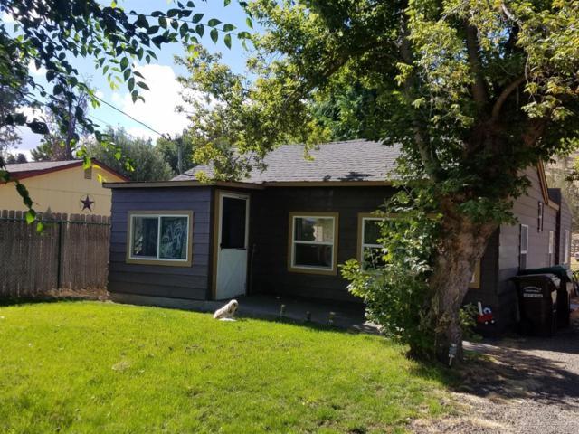 2238 SE Paulina Highway, Prineville, OR 97754 (MLS #201809409) :: Premiere Property Group, LLC