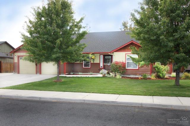 930 NW Spruce Avenue, Redmond, OR 97756 (MLS #201810092) :: Fred Real Estate Group of Central Oregon