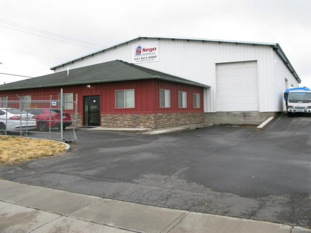 1881 SW 1st Street, Redmond, OR 97756 (MLS #201810156) :: Fred Real Estate Group of Central Oregon