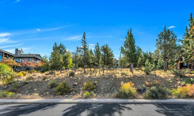 3333 NW Panorama Drive, Bend, OR 97703 (MLS #201810160) :: The Ladd Group