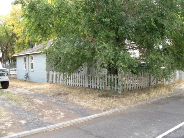 85 SW 2nd Street, Madras, OR 97741 (MLS #201810179) :: Fred Real Estate Group of Central Oregon