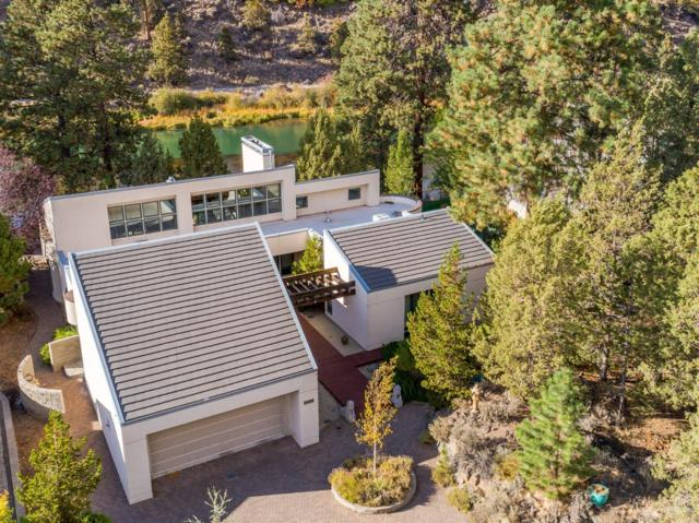 2251 NW Lakeside Place, Bend, OR 97703 (MLS #201810181) :: Fred Real Estate Group of Central Oregon
