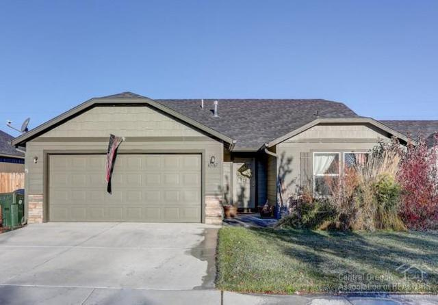 63767 Hunters Circle, Bend, OR 97701 (MLS #201810441) :: Central Oregon Home Pros