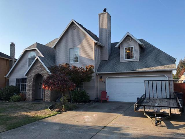 895 Amity Court, Woodburn, OR 97071 (MLS #201810598) :: The Ladd Group