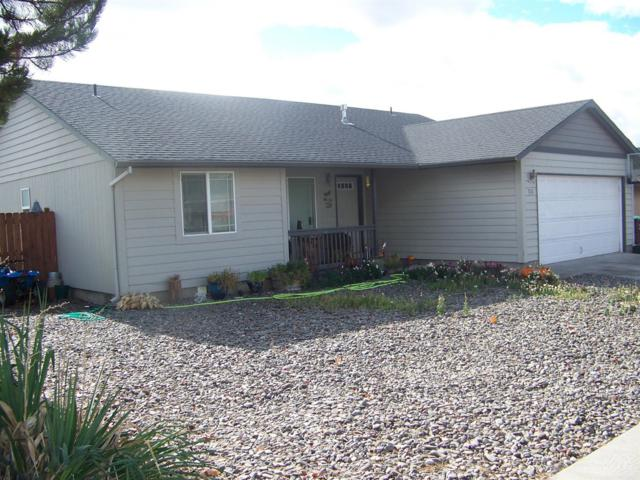 710 NE Black Bear Street, Prineville, OR 97754 (MLS #201810760) :: Team Birtola | High Desert Realty