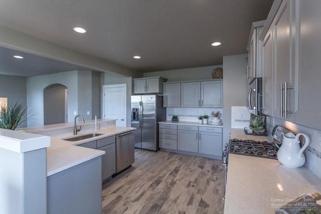 2486 NW Hemlock Avenue, Redmond, OR 97756 (MLS #201810768) :: Windermere Central Oregon Real Estate