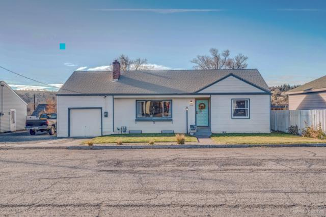 200 NE 8th Street, Madras, OR 97741 (MLS #201811134) :: Fred Real Estate Group of Central Oregon
