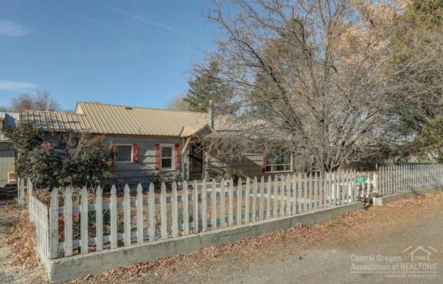 921 SE Combs Flat Road, Prineville, OR 97754 (MLS #201811166) :: Pam Mayo-Phillips & Brook Havens with Cascade Sotheby's International Realty