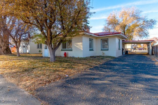 727 SW 7th Street, Redmond, OR 97756 (MLS #201811327) :: Central Oregon Home Pros