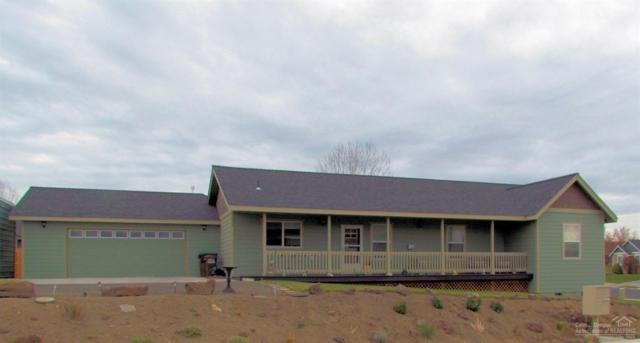2309 NE Black Bear Court, Prineville, OR 97754 (MLS #201811336) :: Fred Real Estate Group of Central Oregon