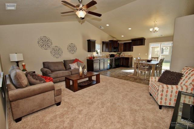 3737 SW Pumice Avenue, Redmond, OR 97756 (MLS #201811429) :: Central Oregon Home Pros