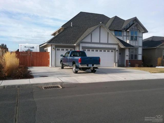 3063 NW 17th Street, Redmond, OR 97756 (MLS #201811542) :: Central Oregon Home Pros