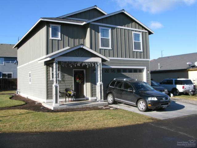 519 NE Apache Circle, Redmond, OR 97756 (MLS #201811810) :: Central Oregon Home Pros