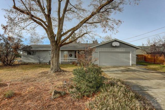 1209 NW Rimrock Drive, Redmond, OR 97756 (MLS #201900007) :: Team Birtola | High Desert Realty