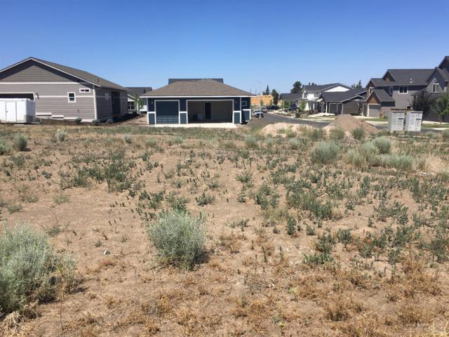 20786 Beaumont Drive, Bend, OR 97701 (MLS #201900010) :: The Ladd Group