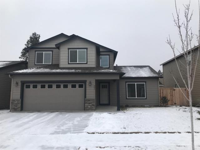 501 SE Gleneden Road, Bend, OR 97702 (MLS #201900137) :: The Ladd Group