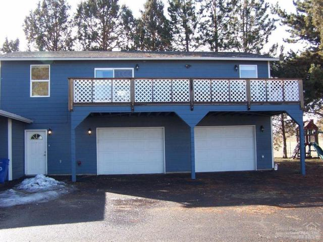 4813 SW Helmholtz Way, Redmond, OR 97756 (MLS #201900150) :: The Ladd Group