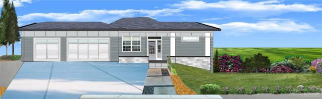 4530 SW Yew Avenue, Redmond, OR 97756 (MLS #201900153) :: The Ladd Group