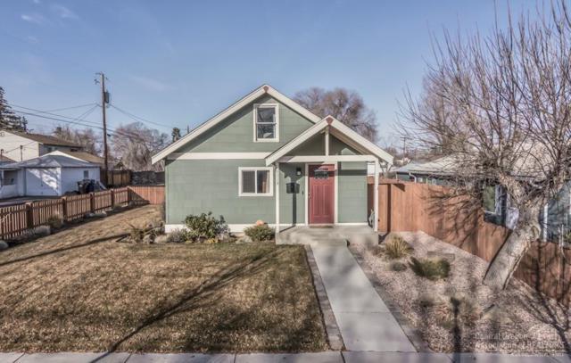 1113 SW Evergreen Avenue, Redmond, OR 97756 (MLS #201900358) :: Premiere Property Group, LLC