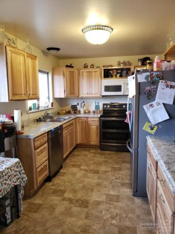 1111 SW Obsidian Avenue, Redmond, OR 97756 (MLS #201900398) :: Fred Real Estate Group of Central Oregon