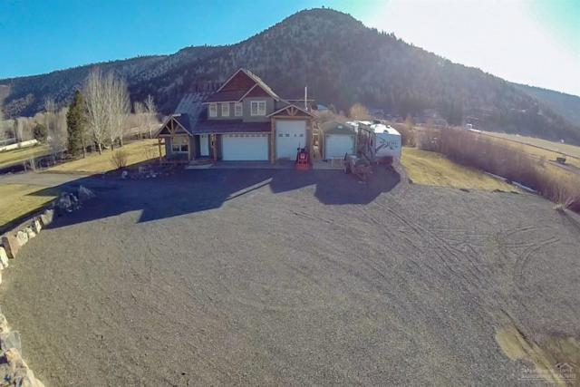 6484 NE Ochoco Creek Lane, Prineville, OR 97754 (MLS #201900420) :: The Ladd Group