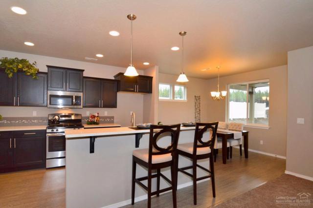 2558 NW Hemlock Way, Redmond, OR 97756 (MLS #201900753) :: Windermere Central Oregon Real Estate