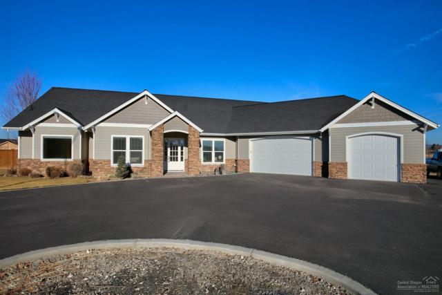 3019 NW Horseshoe Lane, Prineville, OR 97754 (MLS #201900835) :: The Ladd Group