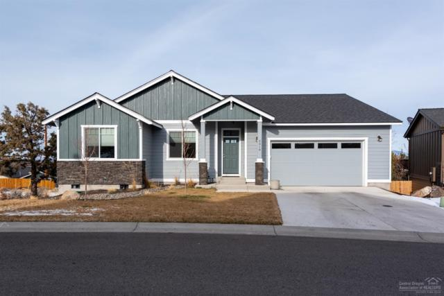 2318 SW Valleyview Drive, Redmond, OR 97756 (MLS #201900899) :: The Ladd Group