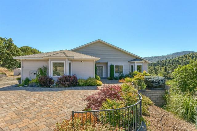 3578 Pioneer Road, Medford, OR 97501 (MLS #201900919) :: Fred Real Estate Group of Central Oregon