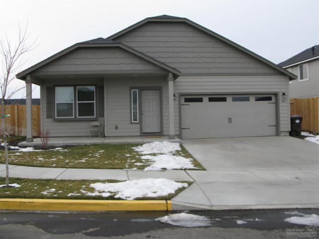 855 NW 24th Way, Redmond, OR 97756 (MLS #201900997) :: Central Oregon Home Pros