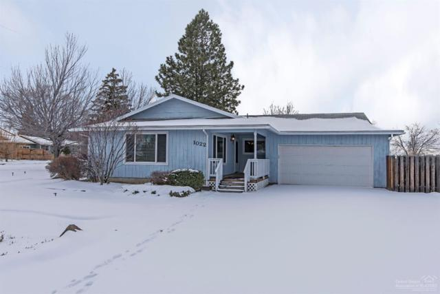 1022 NW Larch Court, Redmond, OR 97756 (MLS #201901024) :: The Ladd Group