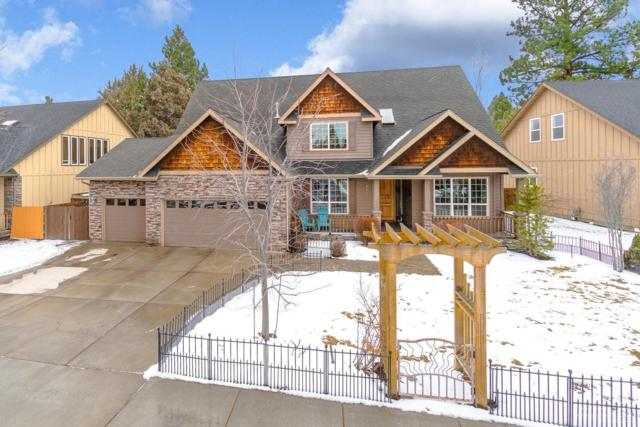 862 SE Briarwood Court, Bend, OR 97702 (MLS #201901162) :: The Ladd Group