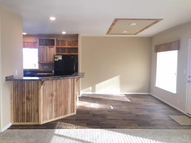 735 NE Ute Court, Redmond, OR 97756 (MLS #201901649) :: Fred Real Estate Group of Central Oregon