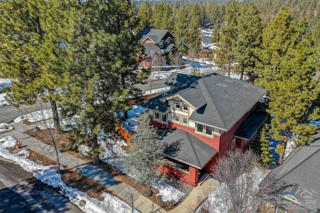 2398 NW Lemhi Pass Drive, Bend, OR 97703 (MLS #201901800) :: CENTURY 21 Lifestyles Realty