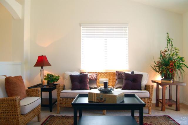 2503 NW Hemlock Way, Redmond, OR 97756 (MLS #201901902) :: Windermere Central Oregon Real Estate