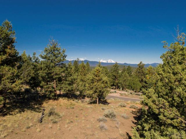 1820 NW Wild Rye Circle, Bend, OR 97703 (MLS #201902185) :: The Ladd Group
