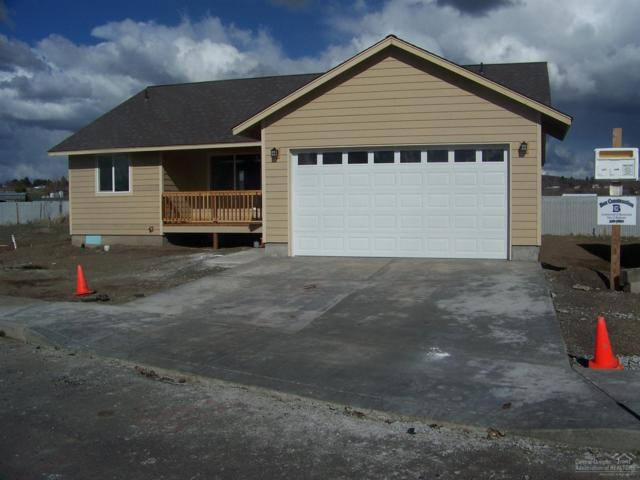 1256 NW Bucko Court, Prineville, OR 97754 (MLS #201902348) :: Team Sell Bend