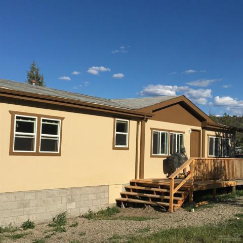 7302 SE Davis Loop, Prineville, OR 97754 (MLS #201902614) :: Team Birtola | High Desert Realty