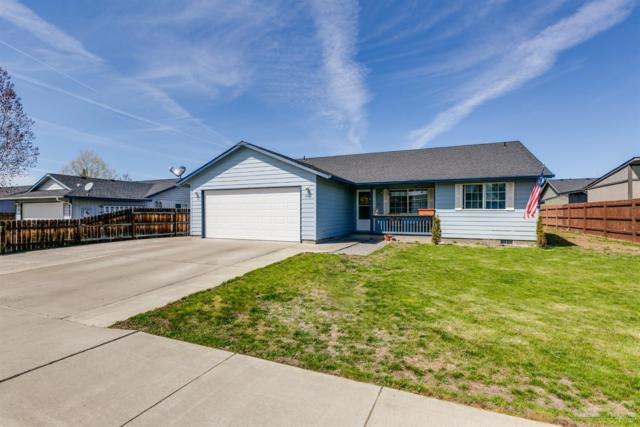 999 NE Snowberry Street, Prineville, OR 97754 (MLS #201902699) :: Windermere Central Oregon Real Estate