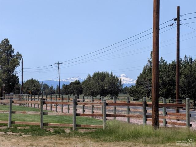 2572 SW Helmholtz Way Lot 1, Redmond, OR 97756 (MLS #201902708) :: Fred Real Estate Group of Central Oregon