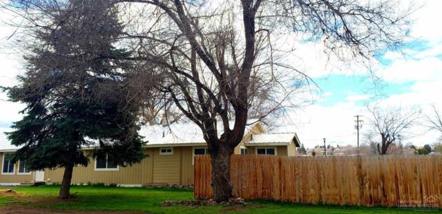 449 SE Grizzly, Madras, OR 97741 (MLS #201902709) :: Windermere Central Oregon Real Estate