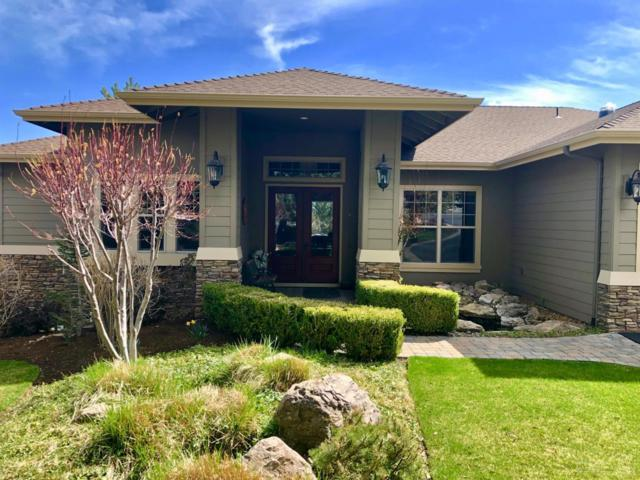 946 Niagara Falls Drive, Redmond, OR 97756 (MLS #201902753) :: Fred Real Estate Group of Central Oregon